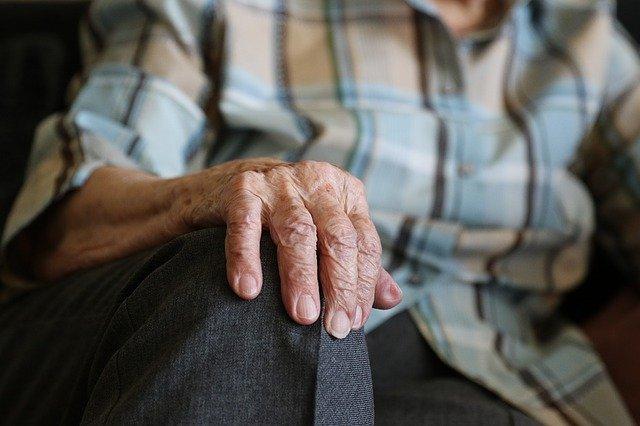 Garantizadas las plazas en residencias de las personas dependientes con salida voluntaria